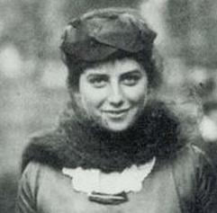 Doris Fleischman, 1922
