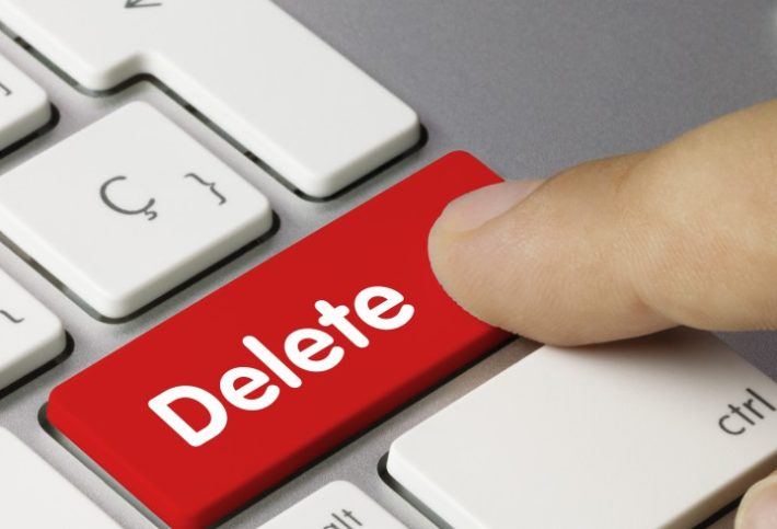 Unless You're a Masochist, Avoid Polarizing Social Media Engagement